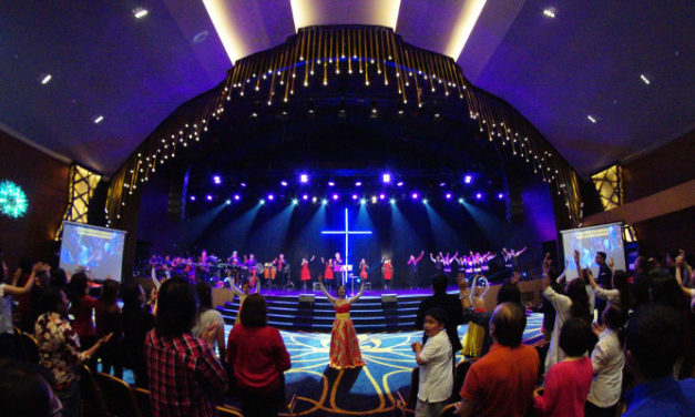 ASIIS creates camera-friendly church lighting with CHAUVET Professional