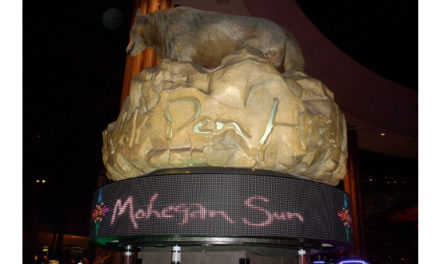 Mohegan Sun Casino adds advertising and promotional capabilities to slots with NanoLumens® truly curved 360-degree displays