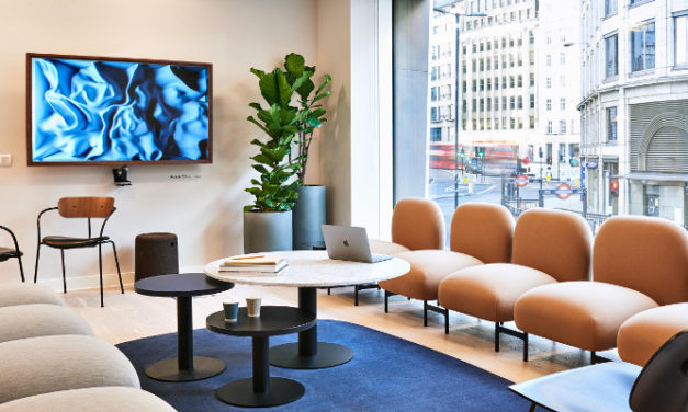 DIGITAL DISPLAYS TURN MEETING ROOMS INTO ROTATING ART EXHIBITIONS